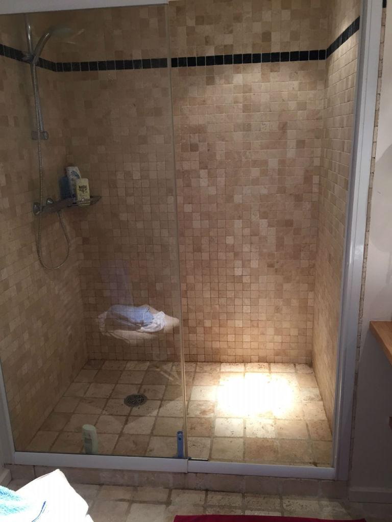 Une douche pour moderniser votre salle d'eau